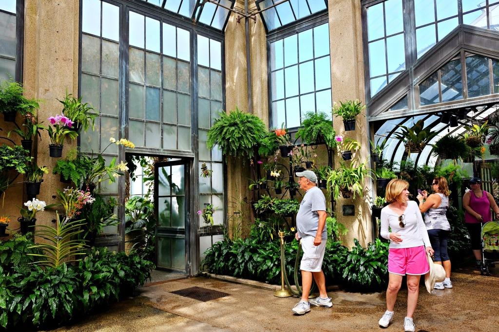 Photo inside Longwood Gardens botanical garden